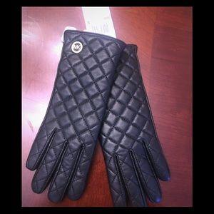 Michael Kors leather gloves